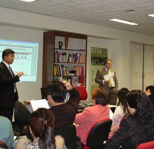 2005年澳星在国内大力推广新加坡移民和香港定居服务